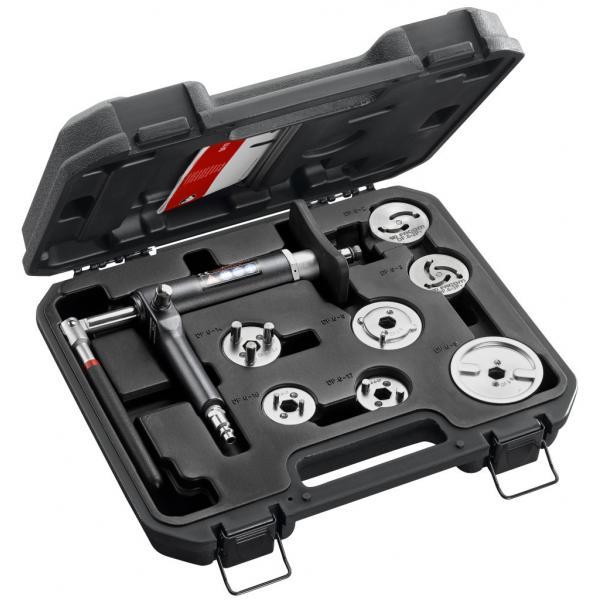 FACOM Pneumatic tools for pushing/rotating the brake pistons - 1