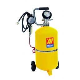 MECLUBE Wheeled tyre inflator with manual charging 24 l - 1