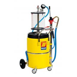 MECLUBE Air operated aspirator for exhausted oil 65 l with pre chamber - 1