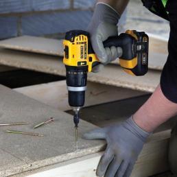 DeWALT 18V-1.3Ah XR Li-Ion 13mm percussion drill with accessory kit - 3